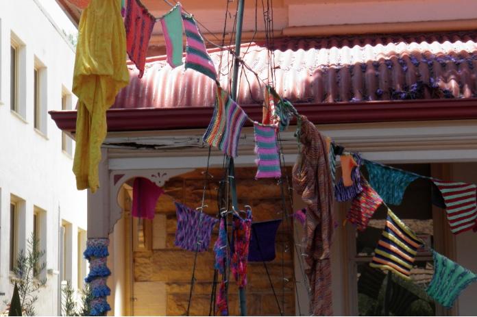 yarn bombing melbourne street adelaide